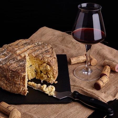 Formaggio Erborinato, 100% latte di pecora, Vineria74 Mozzo Bergamo