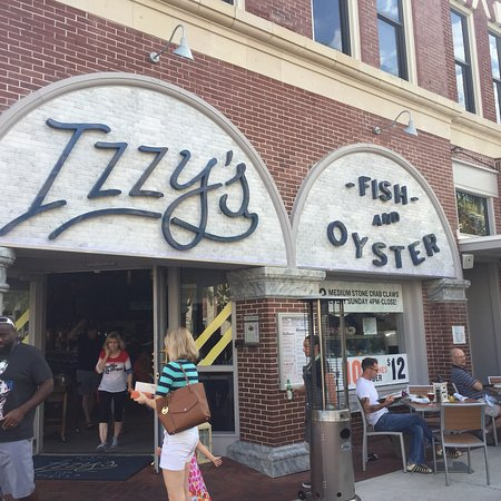 Izzy 39 s fish and oyster tripadvisor for Public fish and oyster