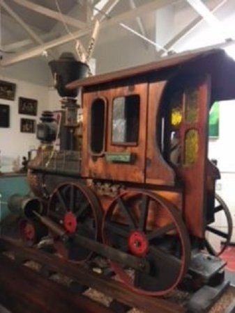 Ona, FL: A choo-choo made from wood, machine parts, etc.