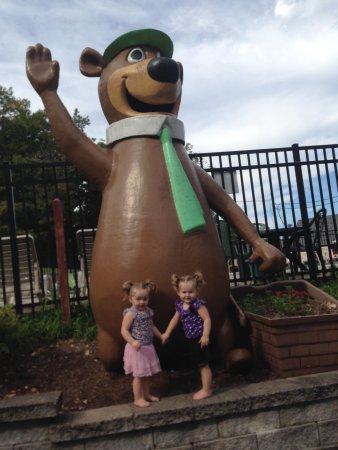 Pacific, MO: Twins love Yogi!!
