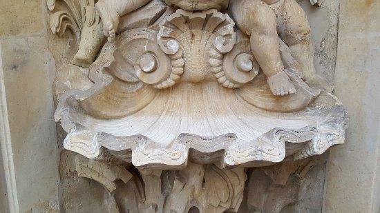 Nischenbrunnen am Coselpalais