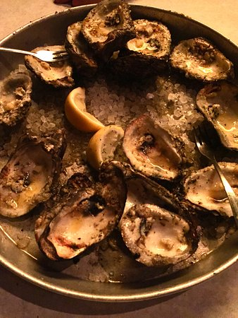 Half Shell Oyster House: Great Charbroiled Oysters