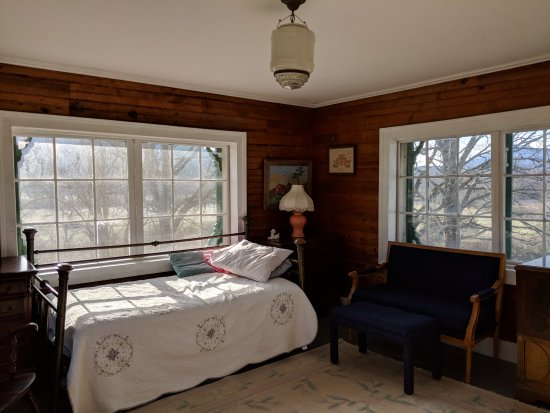Stovall House : Sleeping porch