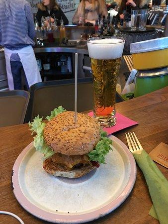 burgerlich hamburg restaurant bewertungen telefonnummer fotos tripadvisor. Black Bedroom Furniture Sets. Home Design Ideas