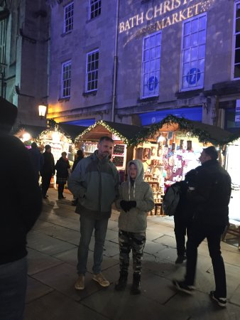 Bath Street: A real christmas marketing, with magic and all!