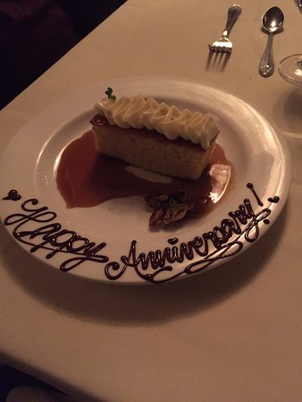 The Fig Tree Restaurant: pound cake