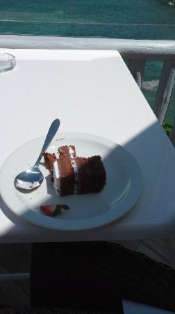 Sea Cliff Hotel: A sweet end to a nice lunch at a beautiful place.