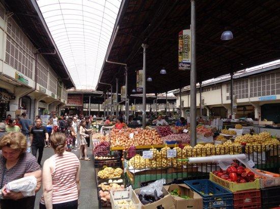 Mercado Municipal Kinjo Yamato