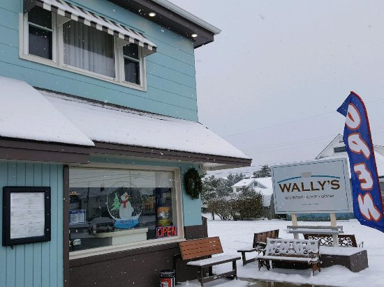 Surf City, NJ: You gotta love Wally's: it's cold outside, there is snow on the ground, and they're open.