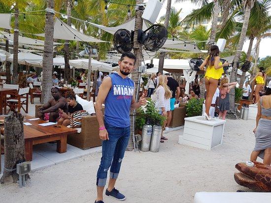 Nikki Beach Miami Algo Del Ambiente En