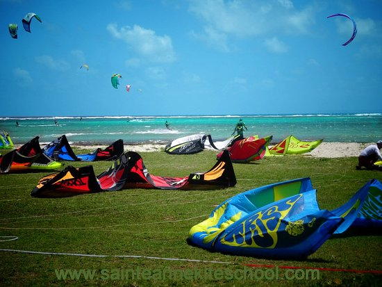 Kitebeach kitesurf Guadeloupe Sainte-Anne