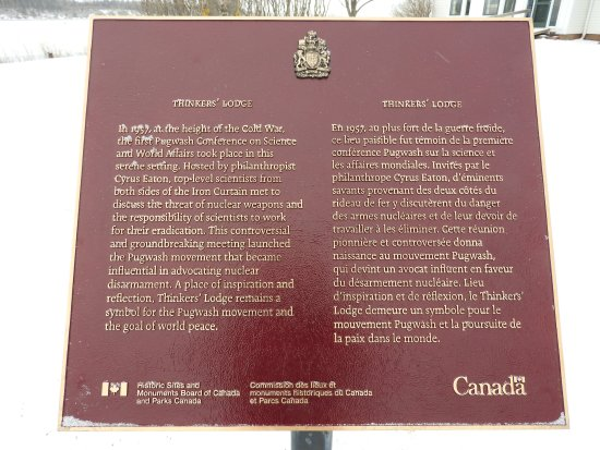 Pugwash, Kanada: National Historic Plaque, and The thinkers lodge