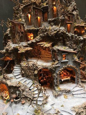 Presepi bellissimi fatti a mano da artigiani bravissimi - Presepi fatti in casa ...