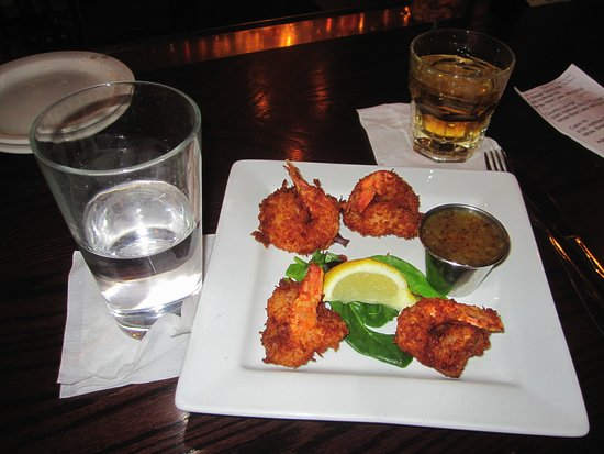 White Bear Lake, MN: Coconut Shrimp appetizer