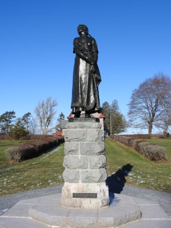 Grand Pre, Канада: Evangeline statue from Wadsworth Longfellow poem