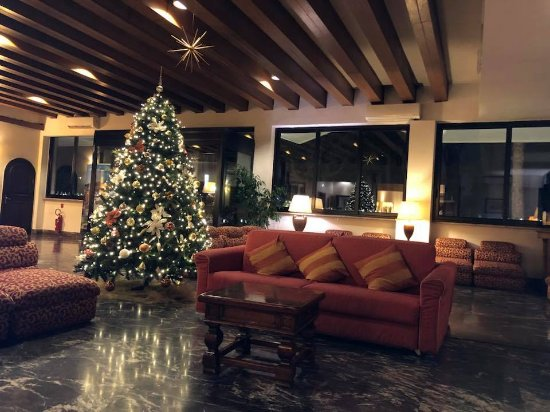 Foyer Phat Diem Hotel Bewertung : Pinewood hotel updated reviews price comparison