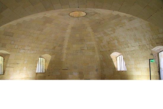 'île d'Aix, France : intérieur du fort