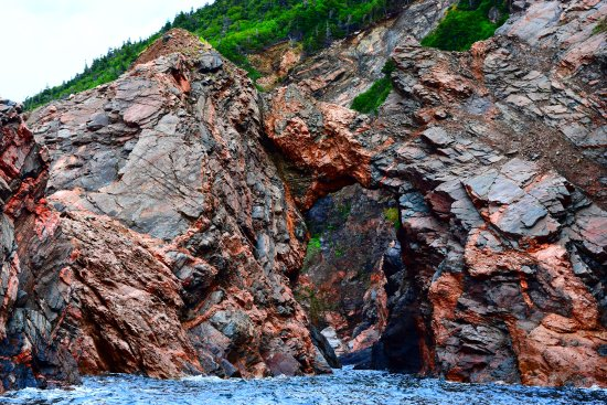 Bay St. Lawrence, Canada: Prehistoric rock formations