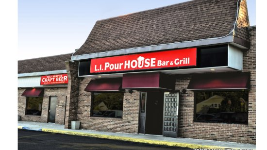 LI Pour House Bar and Grill: outside