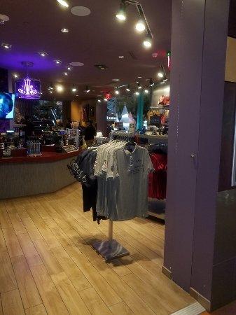 Hard Rock Cafe Mall of America: 20171230_190527_large.jpg