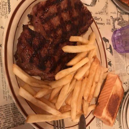 Beebe, AR: Roper's Restaurant