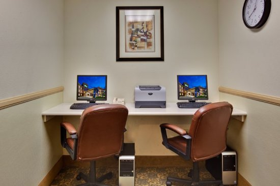 Holiday Inn Express Hotel & Suites Beaumont-Oak Valley: Property amenity