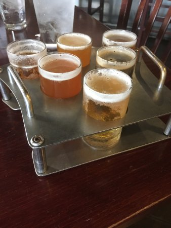 Boulder Dam Brewing Company: Beer Flight