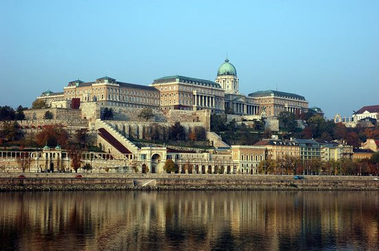 Buda Castle District Small-Group...