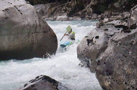 Hualaihue, Chile: Increíble! Kayak en Río Blanco, Hualaihué.