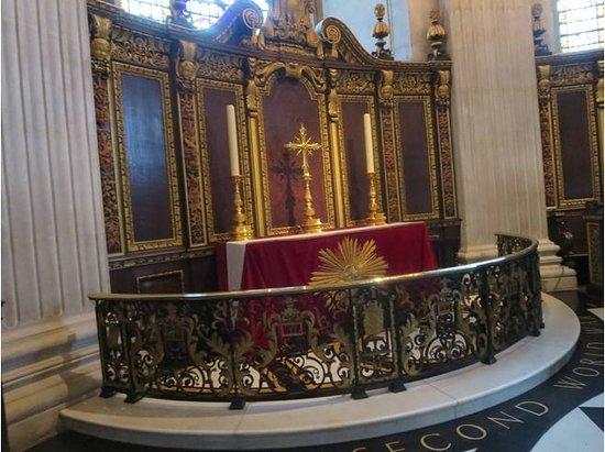 American Memorial Chapel
