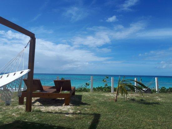 Crab Hill, Антигуа: Ocean Views at Rum Bus