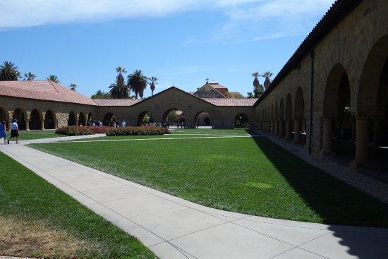 Palo Alto, CA: Campus Buildings
