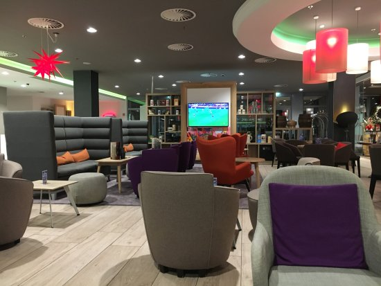 Holiday Inn Munich - City Centre: Lobby