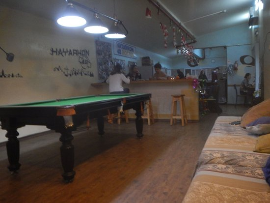Hayarkon 48 Hostel: kitchen for self-catering & dayroom
