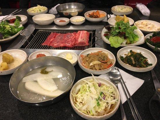 Bonsuwon Galbi: Beginning of a feast!