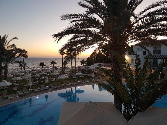 Akti Beach Village Resort: 20170908_192642_large.jpg