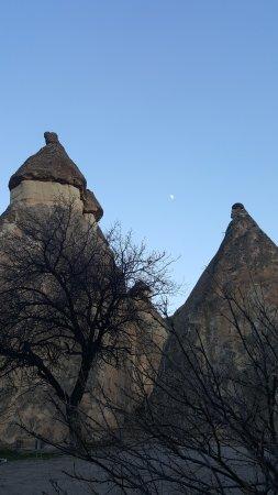 Pasabag: Real rock castle