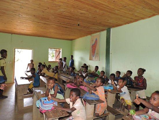 Andilana Beach Resort : I bambini a scuola.