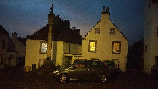 Culross, UK: vista al tramonto