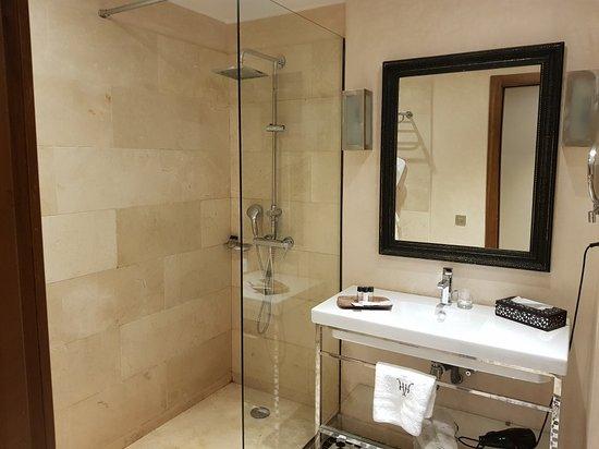Hivernage Hotel & Spa: 20171215_191711_large.jpg