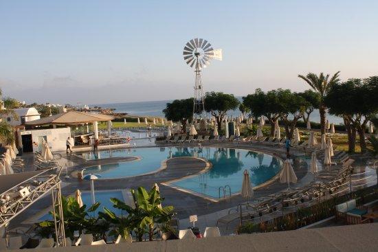 Pernera Beach Hotel: vue de notre chambre