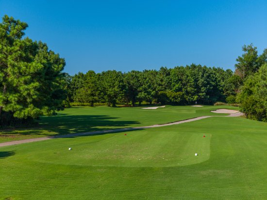 Powells Point, NC: Call for tee-times. Golf course on the OBX.