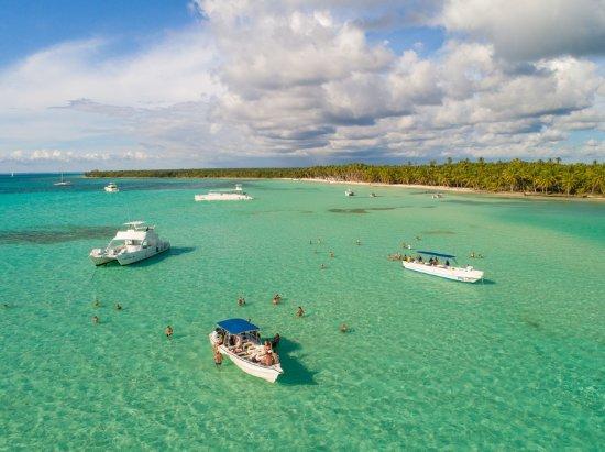 Piscina natural en la isla saona no has vivido nada igual for La isla rascafria piscina natural