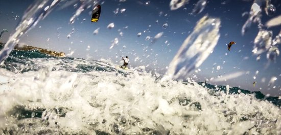 Kite Surfing Cyprus: Avdimou Kite Beach