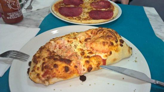 Rigoletto: Pizza Calzone