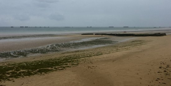 Battle of Normandy Tours : lots of beach to cross