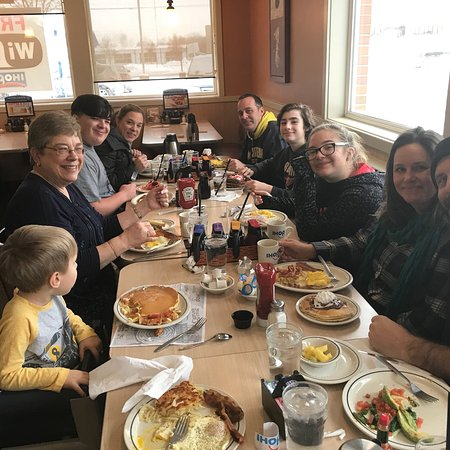 Comstock Park, MI: Family breakfast at IHOP