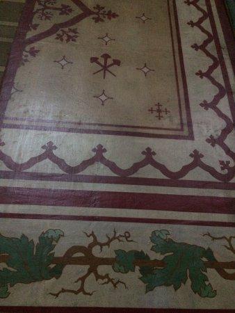 un pan de mur peint obr zek za zen cathedrale saint pierre vannes tripadvisor. Black Bedroom Furniture Sets. Home Design Ideas