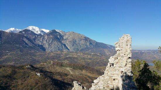 Gessopalena, Italy: Mura.