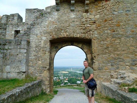 Hainburg an der Donau, Αυστρία: Hainburger Schlossberg in Austria... GREAT VIEW!